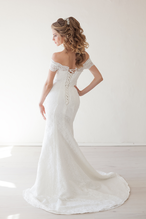 The Perfect Wedding Dress For Every Woman\'s Body Type