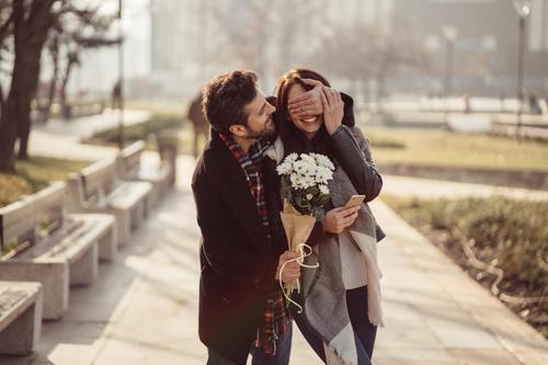 dating en leo mand astrologi