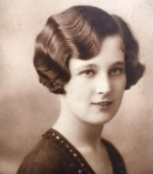 Britain's Oldest Woman Dies At Age 112, She Credits Her Long Life To