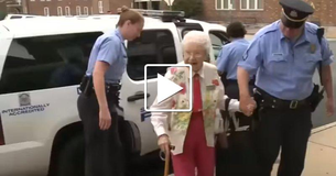 102-year-old lady asks to be arrested so she can cross it off her bucket list