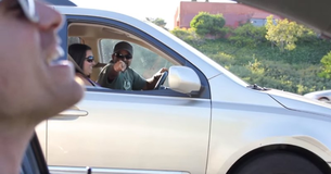Man Makes Motorists Day By Singing
