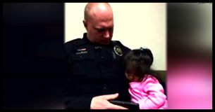 Officer Babysits 2 Year Old While Her Dad Is In Court. What Happens Next Melts Your Heart!