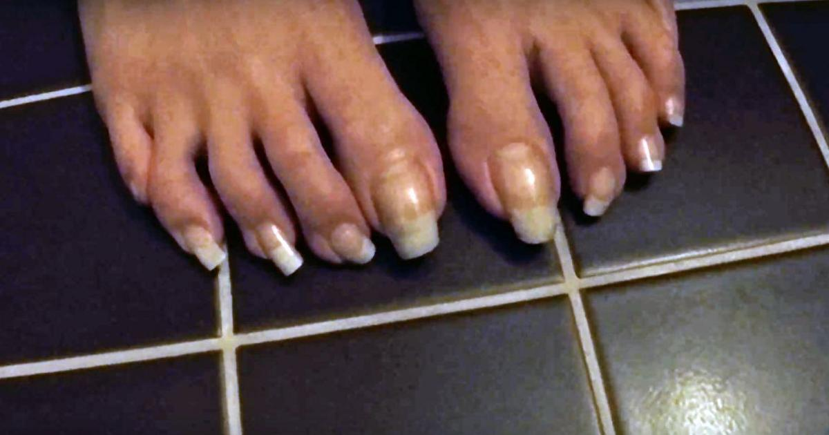 this summer  some people are rocking extra long toe nails