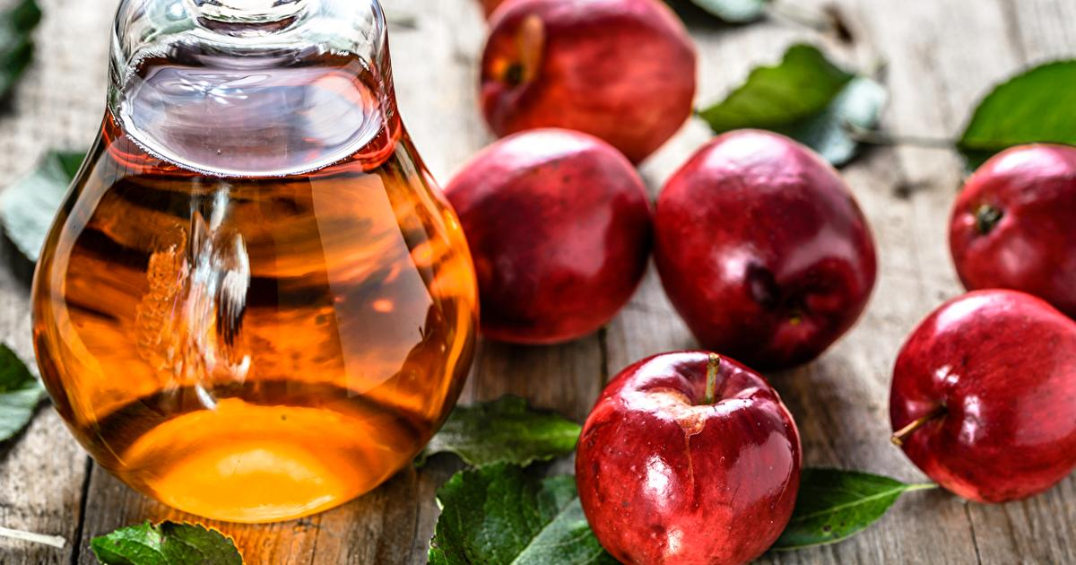 7 Benefits Of Drinking Apple Cider Vinegar Every Night