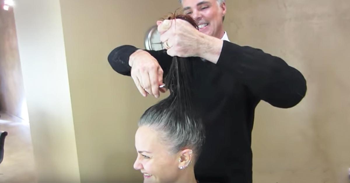 Questa donna era stanca di nascondere i suoi capelli grigi 7317ef72c363