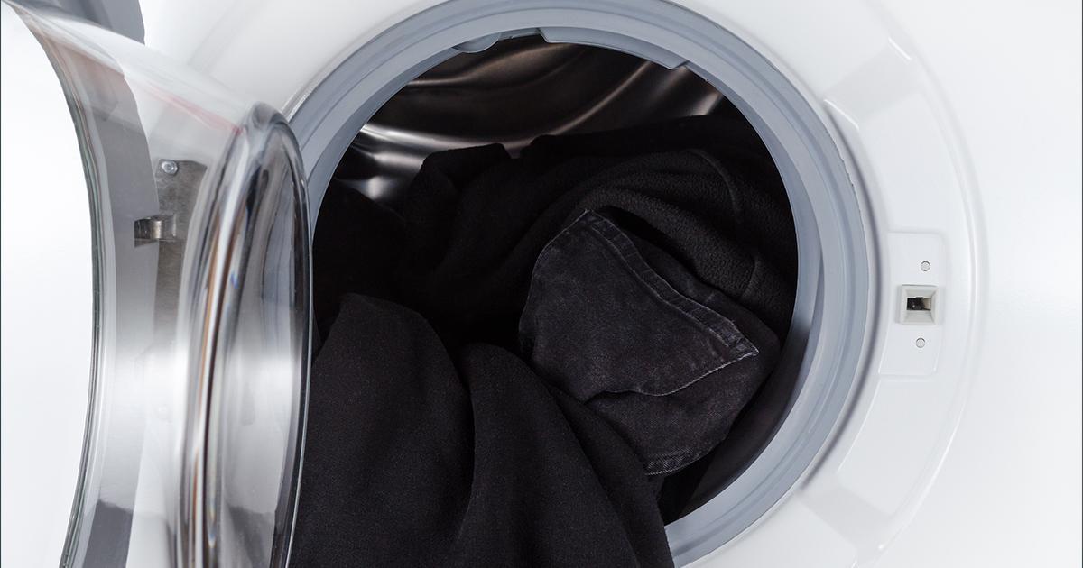 dunkle w sche so bleicht sie beim waschen nicht aus. Black Bedroom Furniture Sets. Home Design Ideas